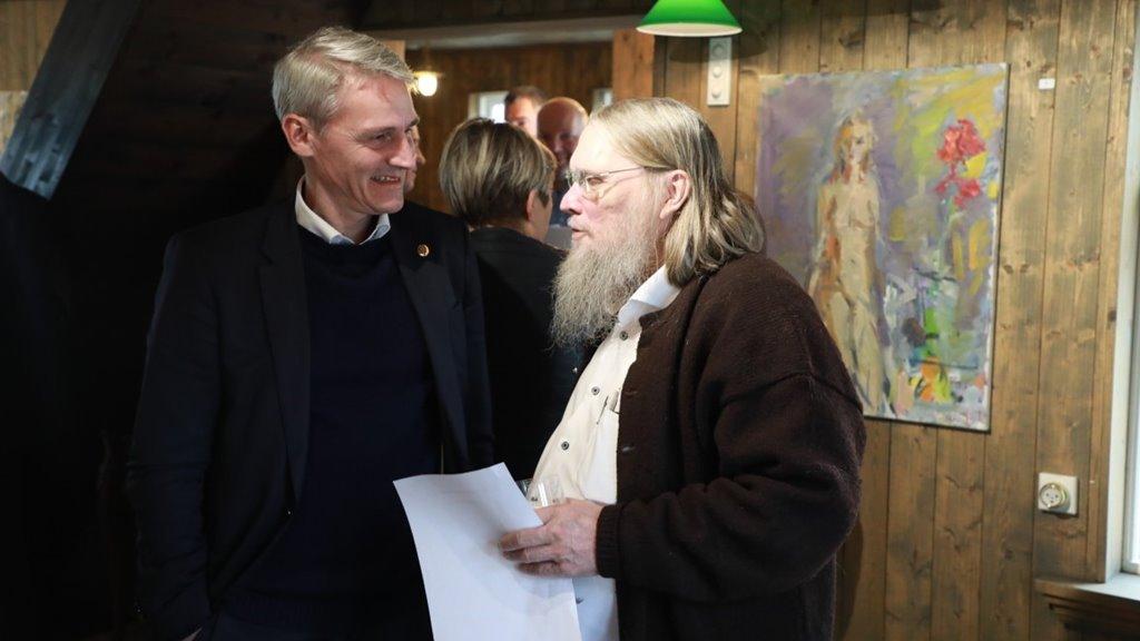 virtuosi koloristurin í føroyskari myndlist - Heilsan Høgna Hoydals til Torbjørn Olsen