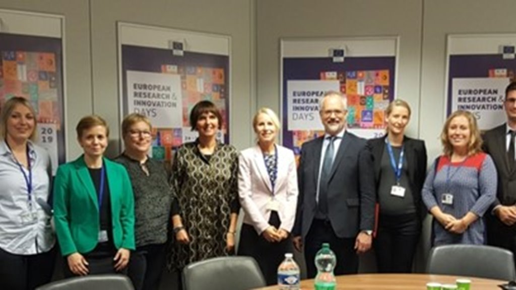 The Faroe Islands and the EU have reviewed the Horizon 2020 research cooperation