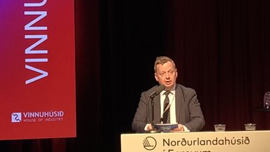 Magnus Rasmussen, landsstýrismaður setti vinnudagin 2021